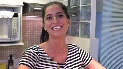 'Super Chef Celebridades': Maria Joana prepara bolo e diz que aprendeu a cozinha com a mãe