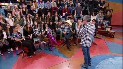 Os convidados do 'Altas Horas' respondem as perguntas da plateia