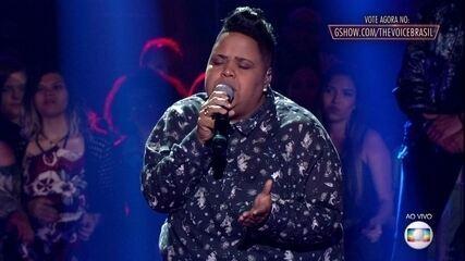 """Nina Black canta """"O Nego Do Cabelo Bom"""""""