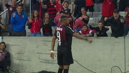 Veja o primeiro gol de Rony pelo Athletico