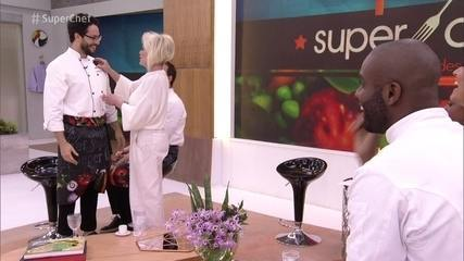Rainer Cadete conquista a imunidade no 'Super Chef Celebridades'