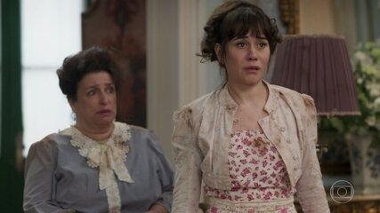 Susana e Petúlia pedem ajuda a Darcy e Elisabeta