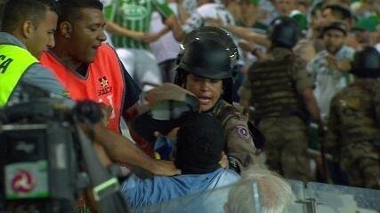 Jogo termina com confusão entre torcida do Palmeiras, policiais e seguranças do Mineirão