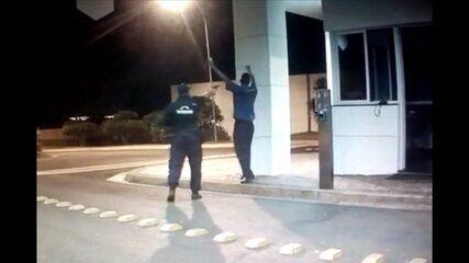 Vídeo mostra discussão e morte de porteiro a tiros em seguida, em Itumbiara