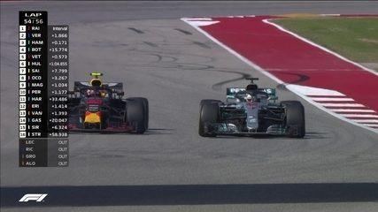 Vestappen e Hamilton travam grande briga pelo segundo lugar