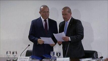 Futuro chefe da Casa Civil, Lorenzoni discute transição com Padilha, atual ministro
