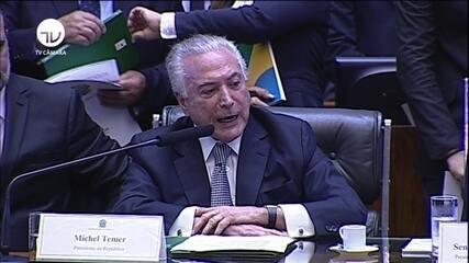 Michel Temer discursa em sessão solene no Congresso
