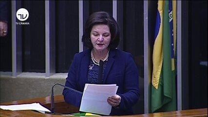 Raquel Dodge discursa em sessão solene no Congresso