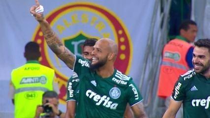 Gol do Palmeiras! Felipe Melo acerta um chute incrível e faz um golaço, aos 37' do 2ºT