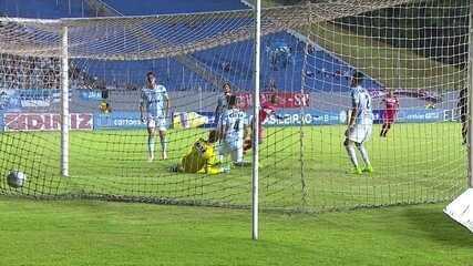 Willians Santana brilhou no jogo decisivo contra o Londrina, em 2018, e fez dois gols