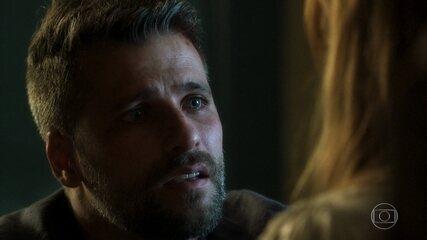 Reveja o primeiro beijo de Luz e Gabriel em 'O Sétimo Guardião'