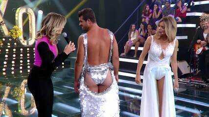 Relembre Mariana Santos cobrindo bumbum de Borat