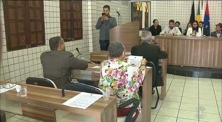 Vereadores de Cabedelo cassaram os direitos políticos do ex-prefeito Leto Viana