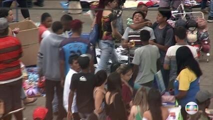 Assaltantes aproveitam movimento de fim de ano para atacar consumidores no Brás, São Paulo