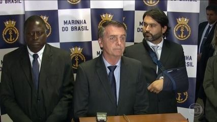 Bolsonaro diz que pode ter errado ao não declarar empréstimo ao IR