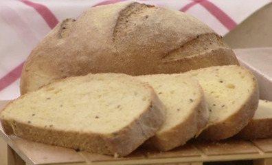 Broa de Milho no Café da manhã