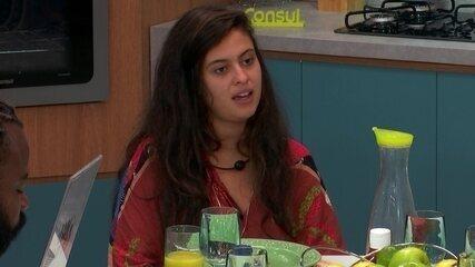 Hana desabafa com brothers: 'Tá sendo meio difícil para mim algumas coisas aqui'