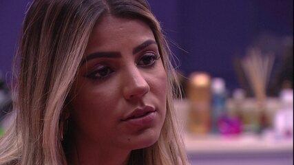 Hariany reflete e diz: 'Estão querendo se livrar do Rodrigo usando nós duas'