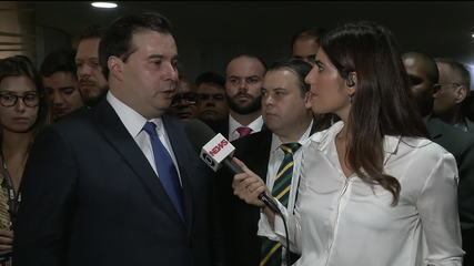 """""""Novo momento da política brasileira"""", diz Rodrigo Maia após reeleição"""