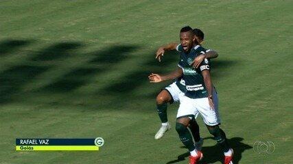 Relembre o gol de falta de Vaz contra o Atlético-GO