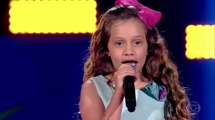 Sofia Cruz canta 'Tutti Frutti'