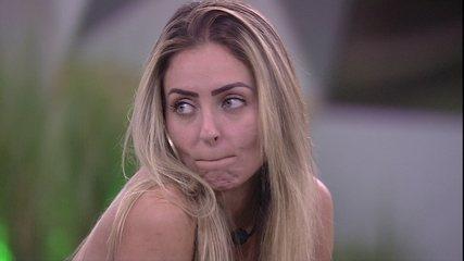 Paula conta para Diego e Maycon sobre conversa com Tereza