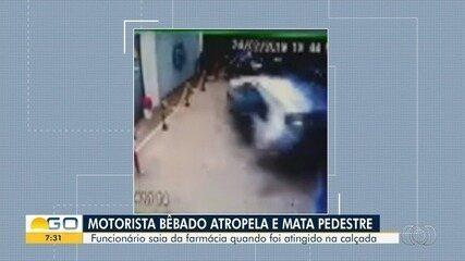 Entregador morre após ser atingido por carro e arremessado para dentro de farmácia; vídeo