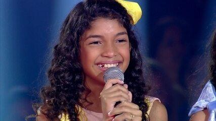 Beatriz Freitas vence a batalha e segue na competição