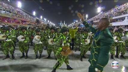 Sinfônica do Samba, bateria do Império Serrano é comandada pelo Mestre Gilmar