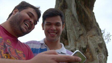 Alcimar e Juliano participam do 'The Wall'