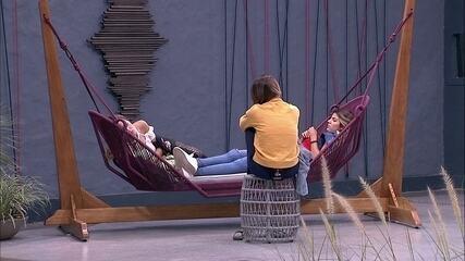 Carolina, Hariany e Paula especulam como será o Paredão desta semana