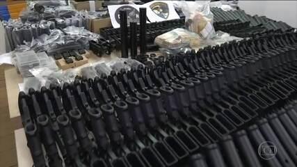 Ronnie Lessa, acusado da morte de Marielle, é investigado por tráfico de armas