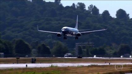 Estados Unidos decidem suspender operações com aviões da linha 737 MAX da Boeing.