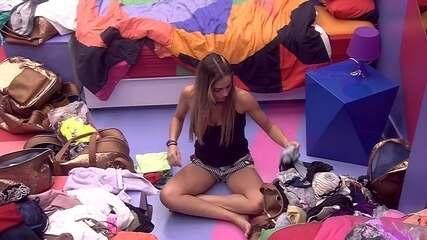 Paula organiza Quarto Diamante enquanto brothers conversam com Alberto