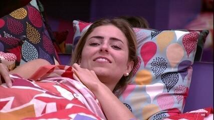 Paula fala sobre Rodrigo: 'Está com muita vergonha de dormir agora'
