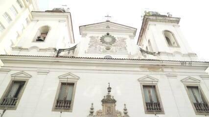 Justiça interdita uma das igrejas mais antigas do Rio de Janeiro