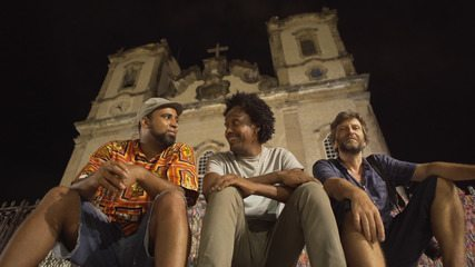 Projeto de poeta e fotojornalista registra Salvador sob a luz do luar