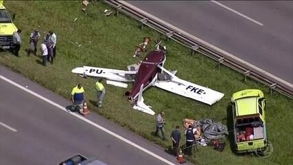 Um avião monomotor faz um pouso forçado no interior de SP