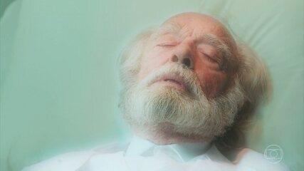 André morre depois de conhecer a reencarnação de seus pais