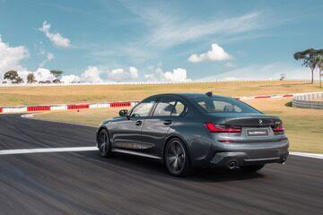 Nova BMW Série 3 fica mais moderno e até fala com o motorista