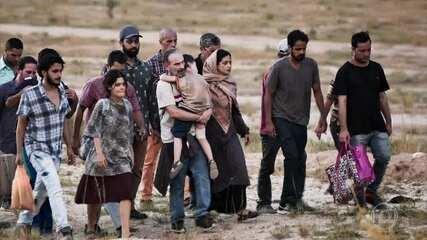 Elias e a família sofrem no caminho para o Líbano