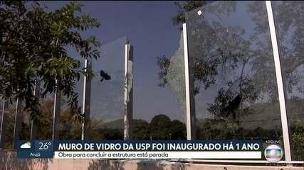 Muro de vidro da USP completa um ano de inauguração