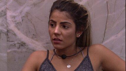 Paula provoca Hariany: 'Você não ganhou nenhuma prova'