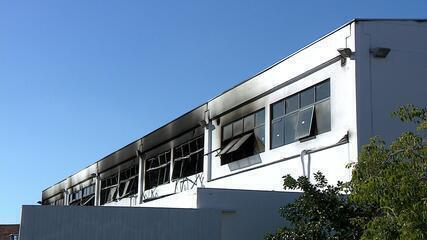 Incêndio atinge prédio da Fadergs em Porto Alegre, no campus Zona Sul