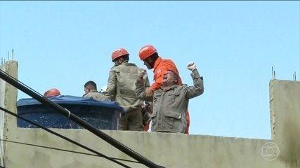Equipe se emociona com resgate de sobrevivente na Muzema