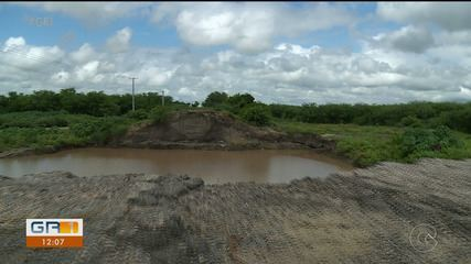 Obras de reconstrução da Ponte do Rio Pequi estão paradas em Bodocó