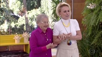 Ana Maria recebe Palmirinha com tapete vermelho na Casa de Cristal