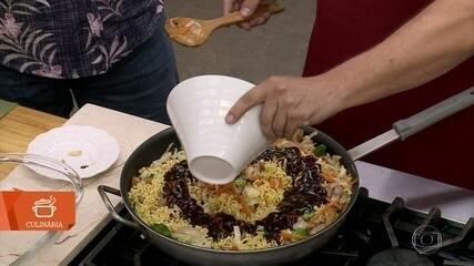 Aprenda a fazer yakisoba de frango
