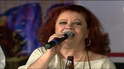 Morre aos 72 anos a cantora e compositora Beth Carvalho