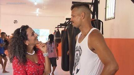Em Paripe, Maria Menezes conhece o lutador de MMA Rodrigo Lídio, que já ganhou cinturão